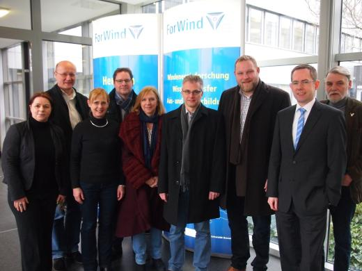 Der SPD-Arbeitskreis Umwelt zu Besuch beim Zentrum für Windenergieforschung ForWind. / © Luzia Moldenhauer