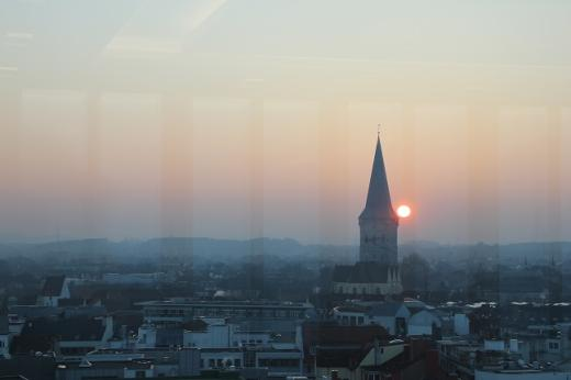 Über den Dächern von Osnabrück, im 11. Stock des Berliner Carrés der Sparkasse, fand am 16. Februar 2015 die 2. Betriebs- und Personalrätekonferenz statt - hier der Ausblick vom 11. Stock auf die Katharinenkirche.