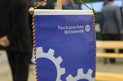 Verleihung der Fluthelfer-Medaillen 2013 an das THW Osnabrück