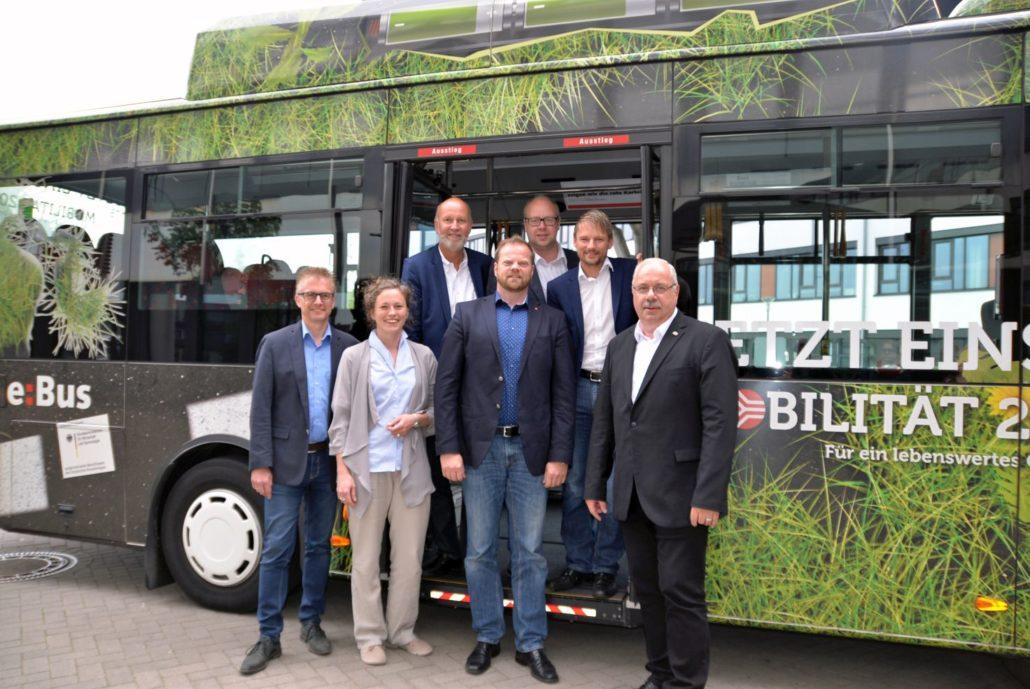 Von links nach rechts: Frank Henning, Thordies Hanisch, Dr. Stephan Rolfes, Matthias Arends, Jörn Domeier, Stefan Klein und Rüdiger Kauroff. Foto: © Stadtwerke Osnabrück