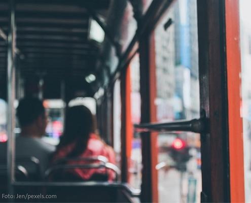 Symbolbild Bus